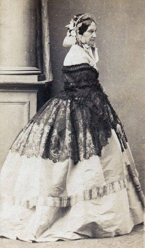 María Manuela Kirkpatrick en 1860. Archivo General de Palacio